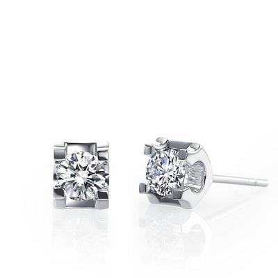 完美邂逅 60分白18K金钻石耳钉